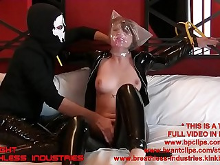 Kri Bedtied And Fingered Extreme Breathplay