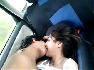 sexy desi Indian teen exposed in auto