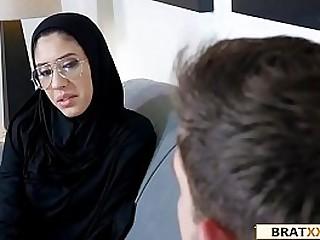 Establish discontinue Muslim Teen Lives The Anal Dream