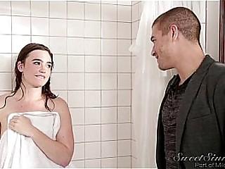 Jodi West - Sister Boyfriend fuck doyen Florence Nightingale in shower